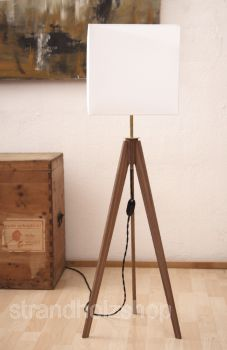 strandholzshop dreibein lampe holz tripod. Black Bedroom Furniture Sets. Home Design Ideas