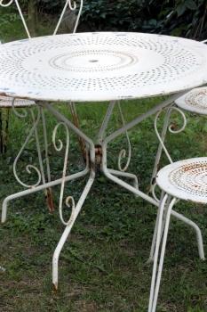 Alte Sitzgarnitur Tisch Mit Stühlen Gartentisch Gartenstuhl
