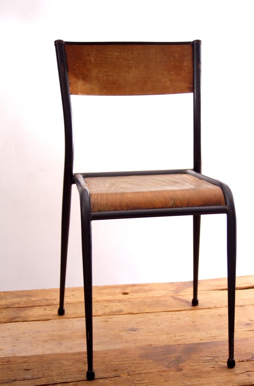 Chaise D École Mullca vintage chaises de l`ecole francaise mullca nr. 11 restaure