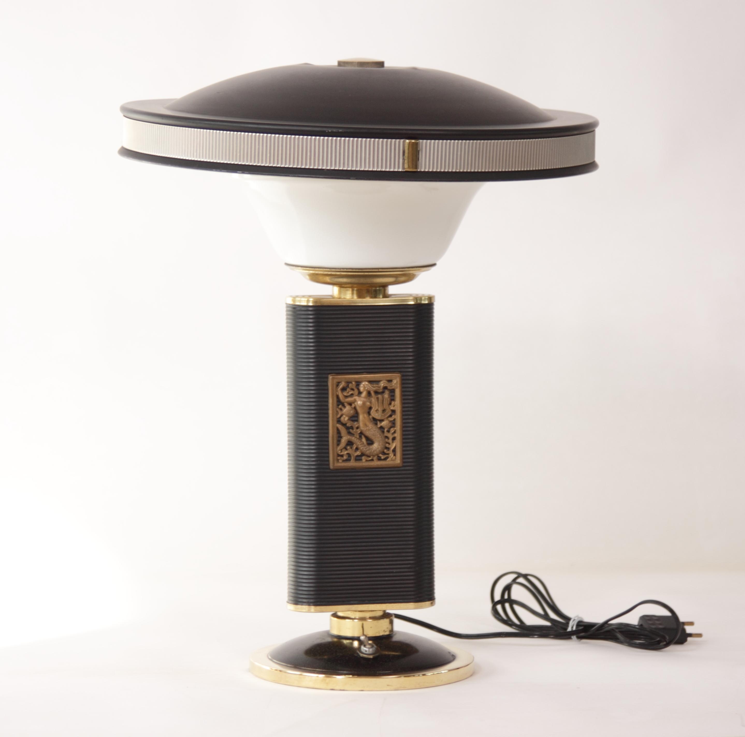 eileen gray lampe mermaid sirene f r jumo france strandholzshop vintage interior design. Black Bedroom Furniture Sets. Home Design Ideas