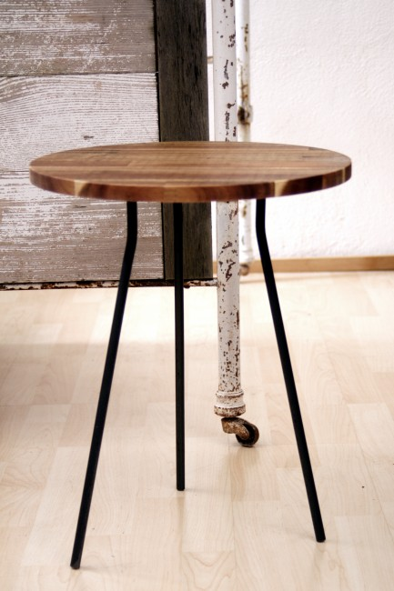 Side table for versatile applications in attractive steel & wood design