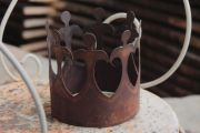 Pretty crown in rust design garden decoration
